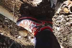 靴も今回はローカットの靴を選択...