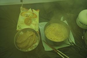 夕食。...