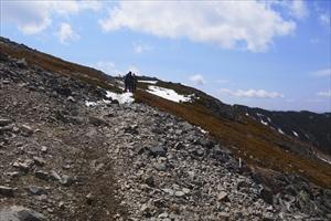 あとは稜線を蝶ヶ岳に向かって進...