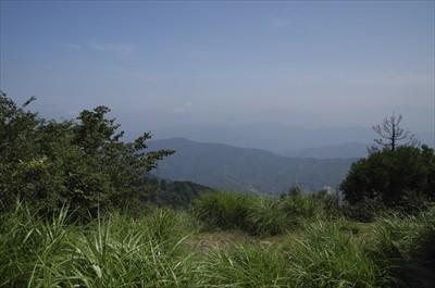 琵琶湖側の展望が少しいい。けど...
