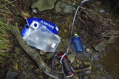 次に水が確実に補給できるのは水...