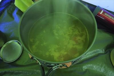 作り方は簡単。お湯を沸かして、...