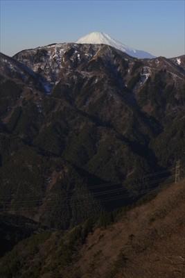 振り返ると富士山の頭がハッキリ...
