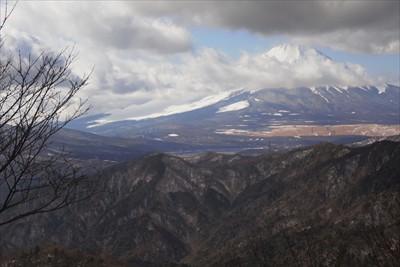 富士山はギリギリ頭が見えていま...