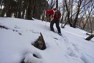 雪が深くなったら、ジグザグのル...