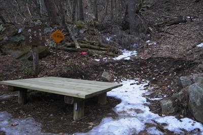 ここのベンチも新しくなっていた...