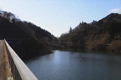 土山峠が見えてきた。...