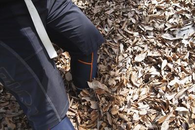 落ち葉が深い・・・。...