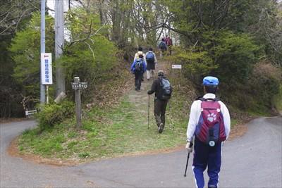 ・・・再び登山道へ・・・最後の...