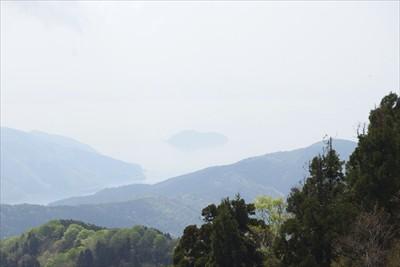琵琶湖に浮かぶ島・・・。偶然に...