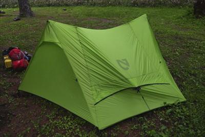 いつもの所にテント設営。ちなみ...