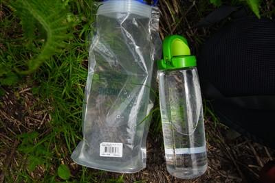 ここで行動用の水筒の水が心もと...