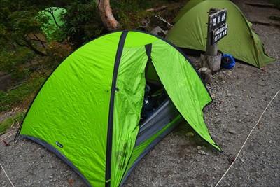 テント場もすでにかなりのテント...