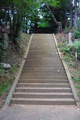 ここが鐘ヶ嶽の登山口になります...