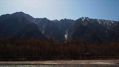 六百山と霞沢岳がよく見える。ど...