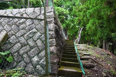 謎の石垣。...