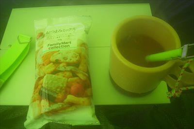 コーヒー、紅茶ならチョコレート...