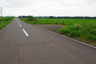 ・・・車道に出て、左に行ってす...