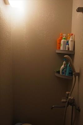 ・・・シャワー・・・...