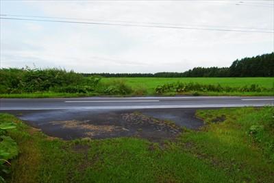 ・・・車道に出て、右に曲がって...