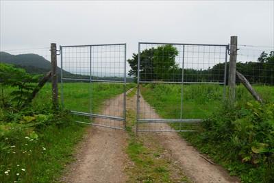 こっちは閉じたゲート、カギを開...