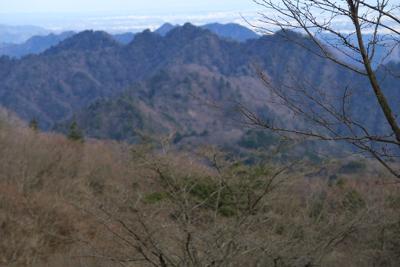 三峰山。...