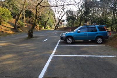長谷寺(ちょうこくじ)の駐車場...
