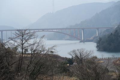 虹の大橋です。先程まであの橋を...