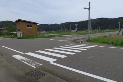 ここを右に曲がり・・・...