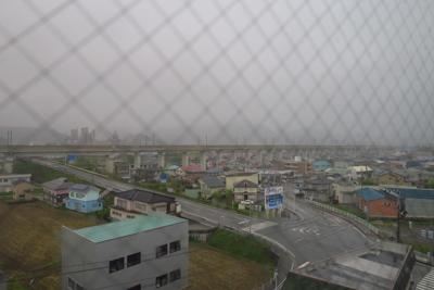 起床・・・。天気悪いな〜。もっ...