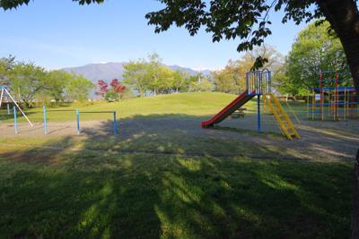 キャンプ場に隣接する公園。...