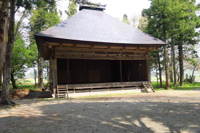 飯森神社の境内。この辺りの神社...