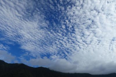 面白い雲だね〜。...