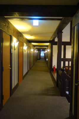 廊下。...