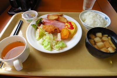 朝食。...