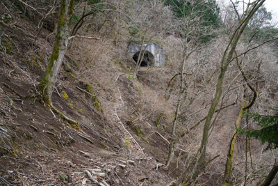 清川トンネルが見えてきました。...