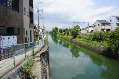 琵琶湖疏水を渡ります。琵琶湖か...