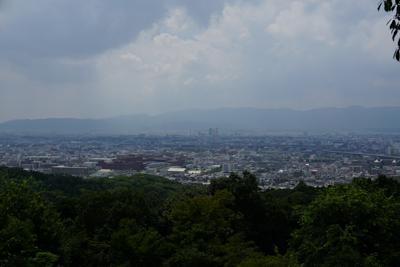 途中で京都の南側を一望できた。...