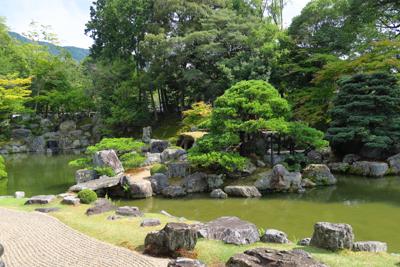 三宝院の庭園。「醍醐の花見」の...