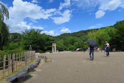 円山公園を抜けて・・・...