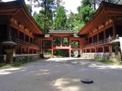 京都の他の神社仏閣はどちらかと...