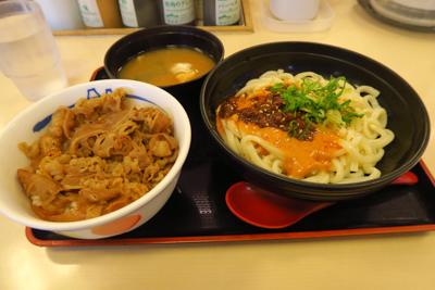 朝食を食べて、京阪電車、叡山電...