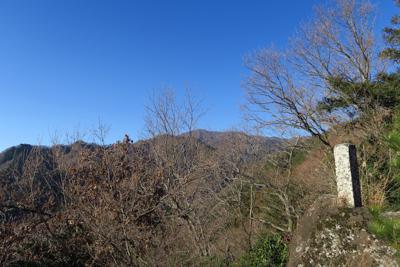 大岩の上からの大山。...