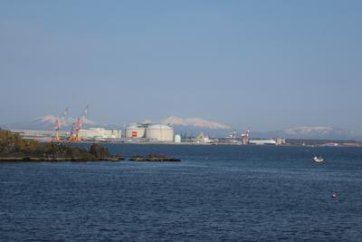 八甲田山はまだ雪山ですね。...